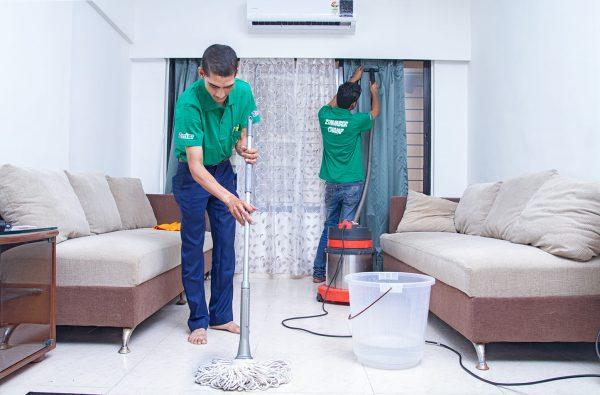 شركات تنظيف مميزة بالعين
